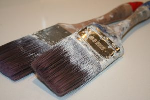 What kind of paint brush should I buy?