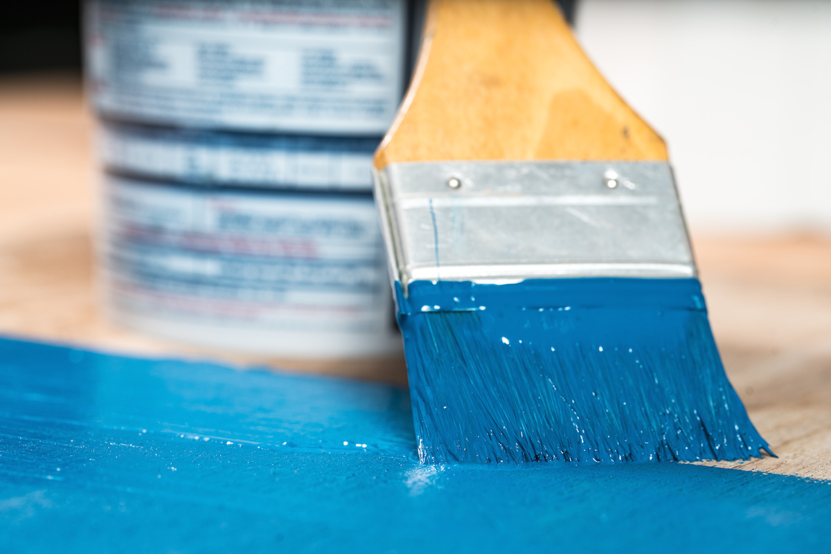 paint brush and painting tips